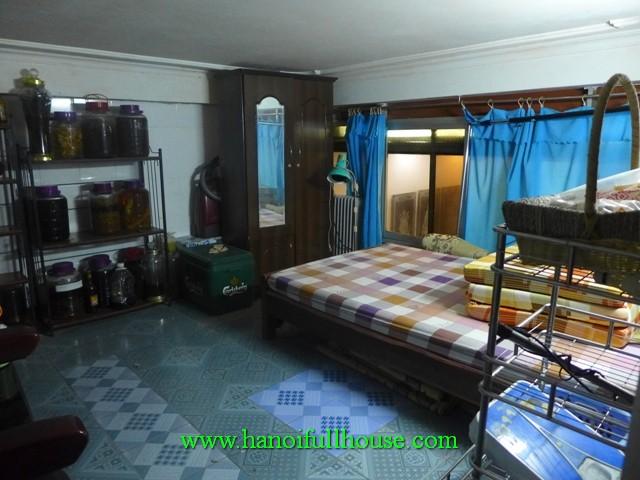Cheap house in ba dinh dist for rent 4 bedroom house for Cheap 4 bedroom houses