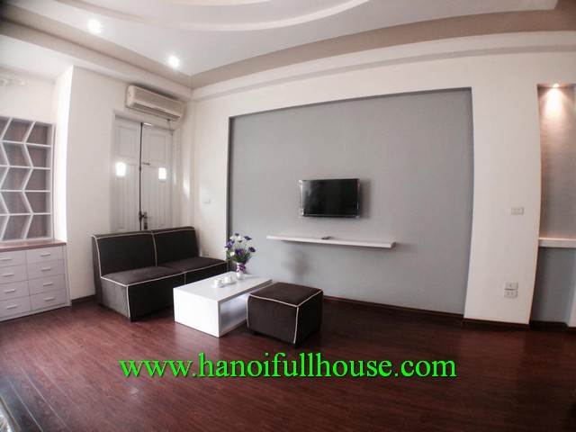 MODERN STUDIO ROOM IN LANG HA STREET, DONG DA DIST FOR RENT