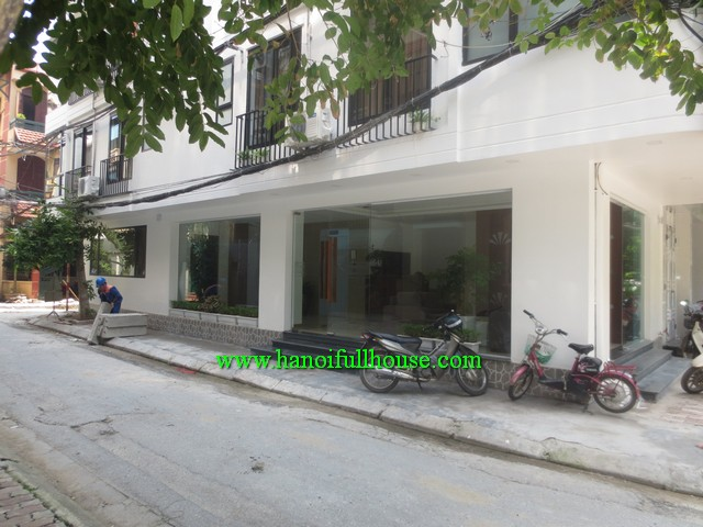 BA DINH- CHARMING SERVICED APARTMENT, FURNISHED, FULL SERVICE, CAR ACCESS, SECURITY GUARD
