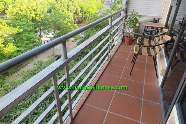 BEAUTIFUL BALCONY ONE BEDROOM, FULLY FURNISHED APARTMENT FOR RENT IN BA DINH, HA NOI