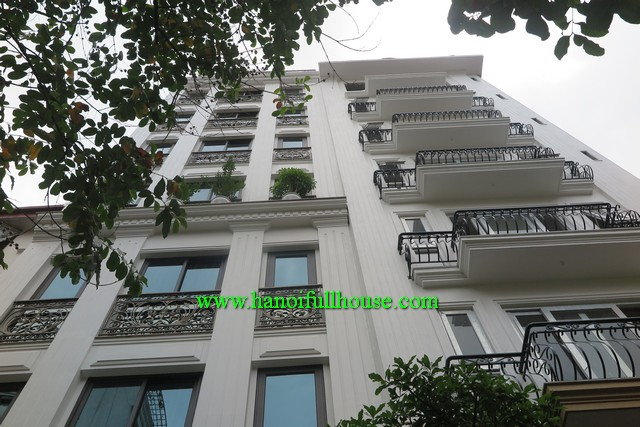 BA DINH-TWO BEDROOM APARTMENT WITH LIFT, YARD AND CAR PARKING