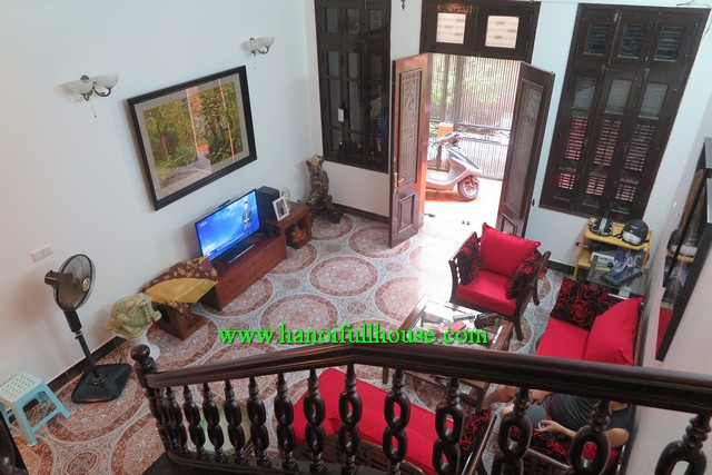 FOUR BEDROOM HOUSE NEAR HANOI VINCOM TOWER, THONG NHAT PARK AND JAPANESE RESTAURANTS