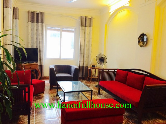 SUPER-CHEAP SERVICED APARTMENT FOR RENT IN TRUC BACH LAKE, BA DINH, HN