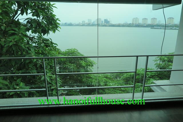 TAY HO-LAKE VIEW HOUSE WITH FOUR BEDROOM IN TO NGOC VAN, TAY HO, HN