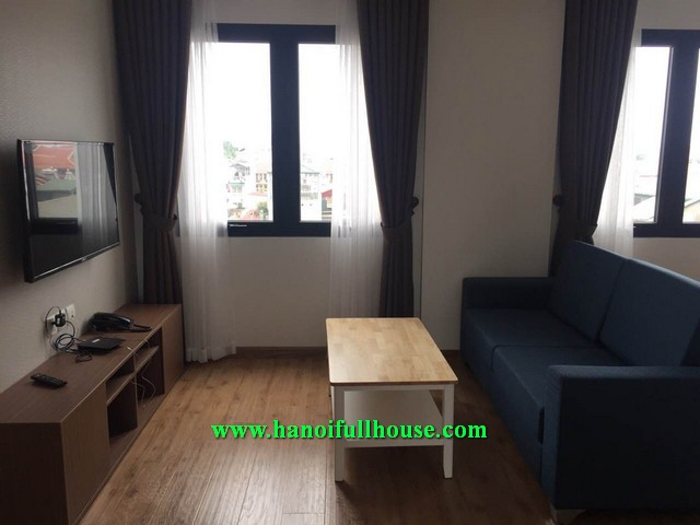 TWO BEDROOM FULLY FURNISHED, FULL SERVICE APARTMENT IN LY NAM DE, BA DINH