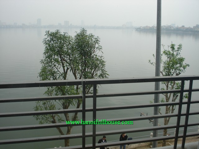 Rentals 2 bedrooms luxury serviced apartment in Xuan Dieu street, Tay Ho dist, Ha Noi