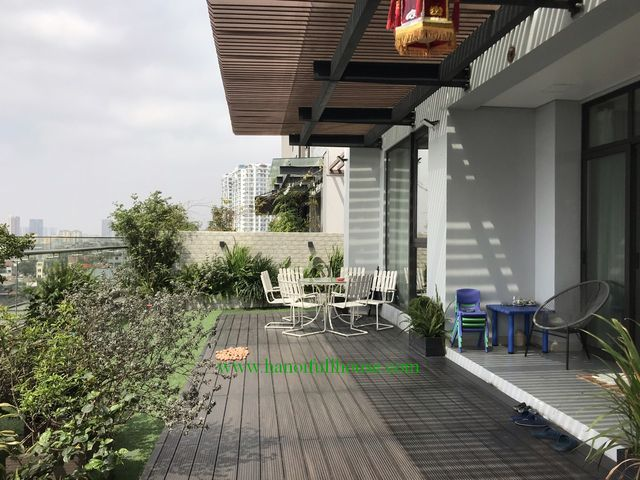 Fantastic yard gadern apartment to lease in Sun grand 69b Thuy Khue