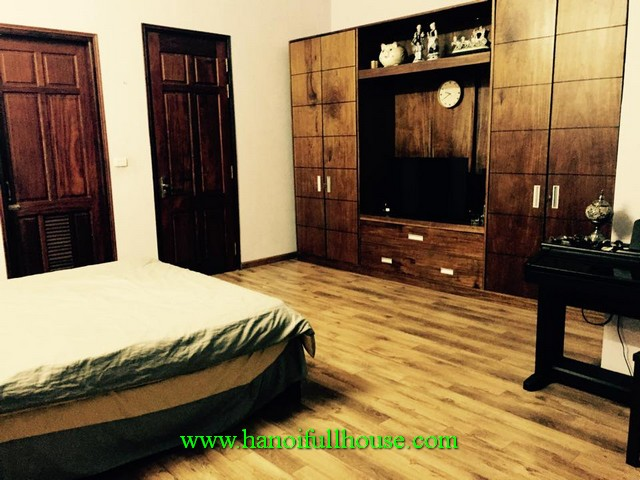 Very cheap serviced apartment with fully furnished, full service, modern