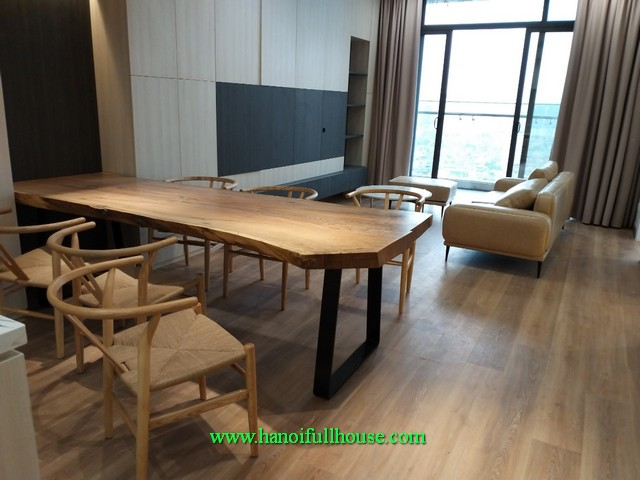 3 bedroom brand new apartment with Bach Thao Park view in Sungrand Thuy Khue & Hoang Hoa Tham