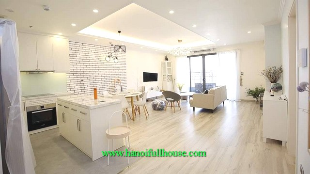View perfect apartment-3 bedroom in D'leroi Solei, 59 Xuan Dieu street, Quang An Ward, Tay Ho dist
