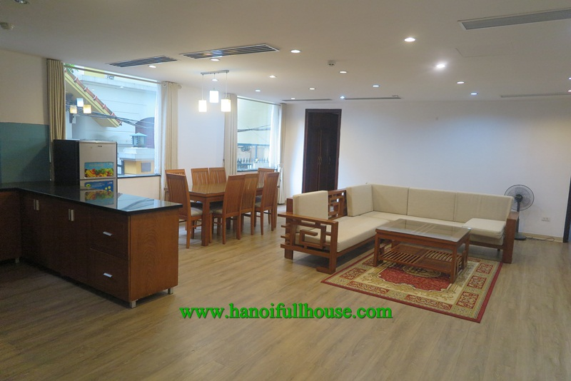 Spacious 2 bedroom apartment in Quang Khanh street for rent.