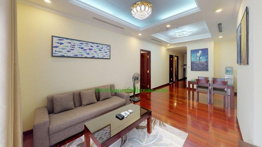 Fully-furnished and high floor apartment in R5-Royal city