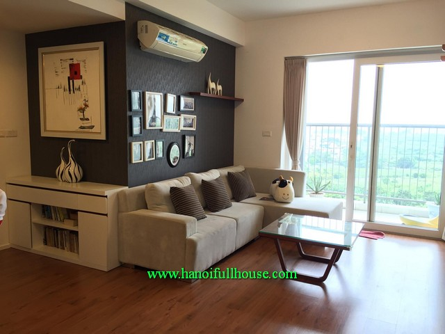 Ecopark Urban- Three bedroom apartment with furnished for rent, cheap rental