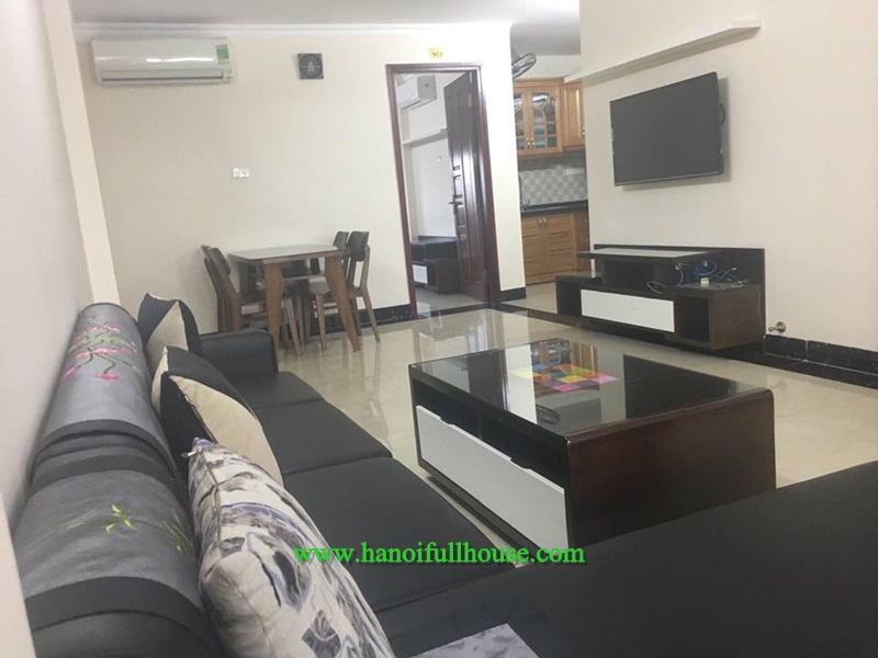 Brand-new apartment with 100 sqm, plenty of light, professional service in Ba Dinh