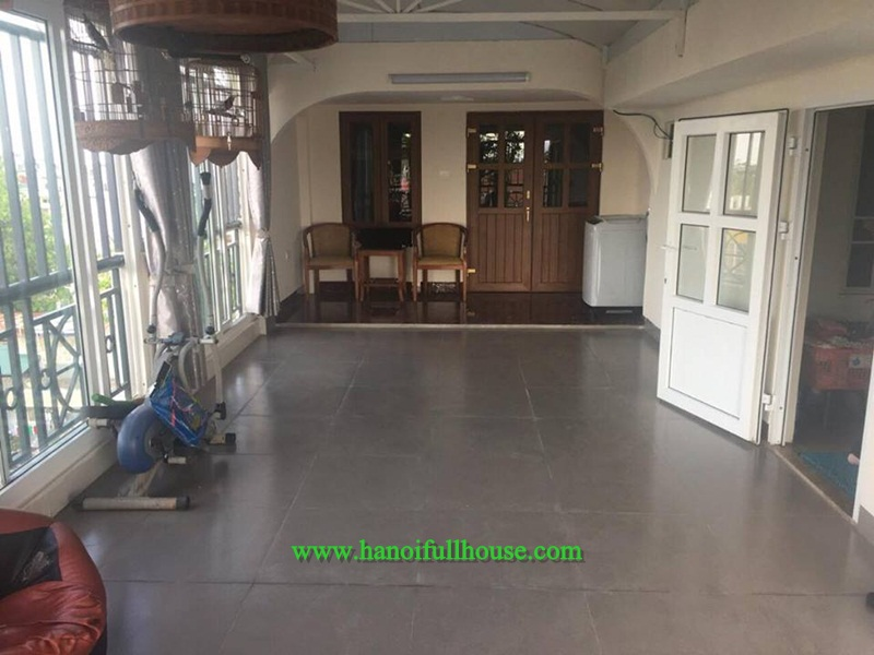 Cheap apartment with one bedroom, full service in Ba Dinh for rent