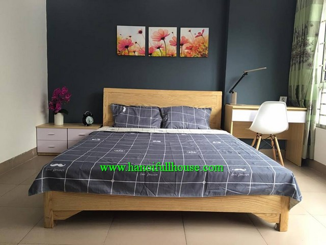 Serviced apartment with one bedroom, furnished, lift and full service