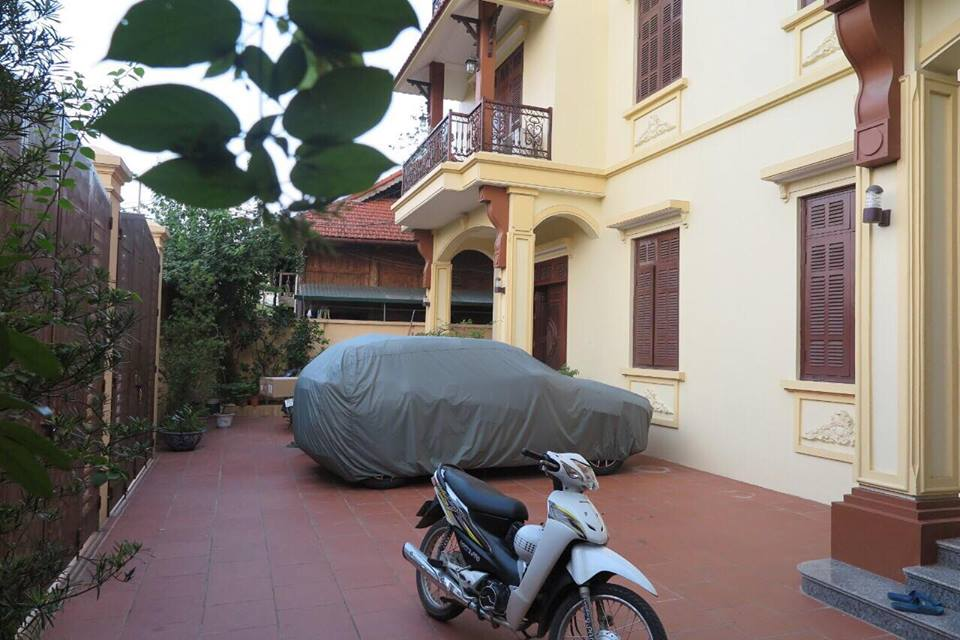 Beautiful house with six bedrooms in Long Bien, Ha Noi for rent