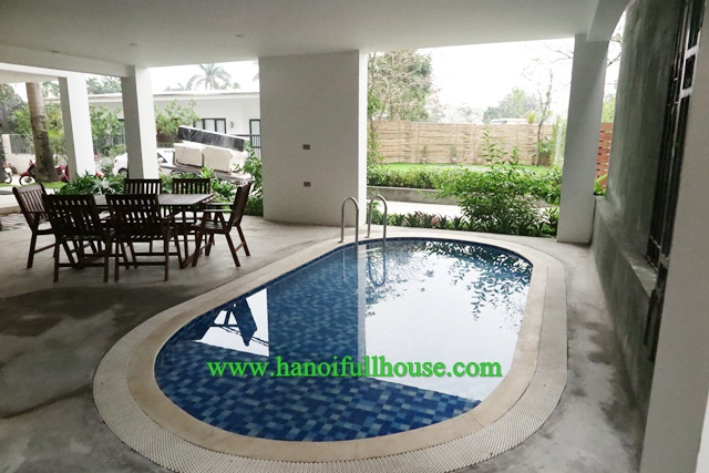 Lake view, modern apartment to lease in Tay Ho, Hanoi