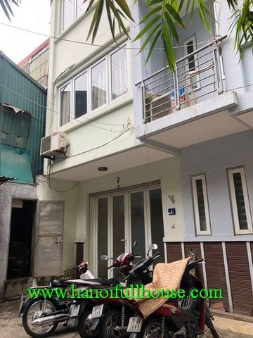 House in Dong Da with 4 bedrooms for lease