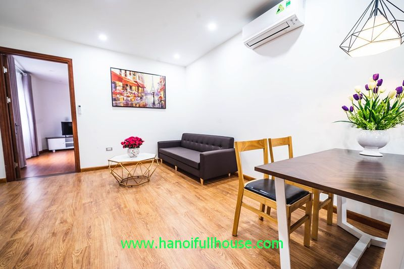 2 bedrooms apartment on Vong Thi street with balcony, lake view rental price from $450 to $650