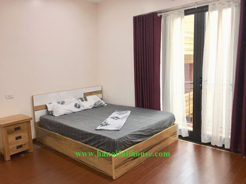 Cheap and nice studio for rent on Lac Long Quan street, close to West Lake, Water Park