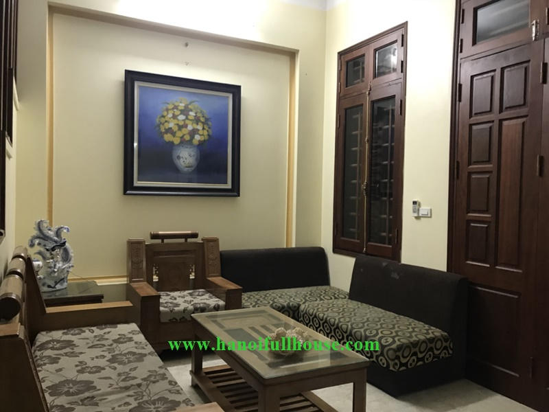 05 bedrooms house on Au Co Street, fully furnished for rent