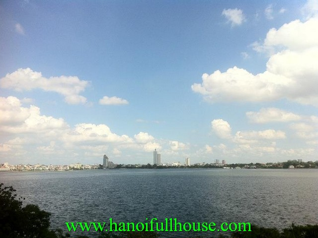 Furnished one bedroom apartment in tay ho dist. Lake view, lift, security guard