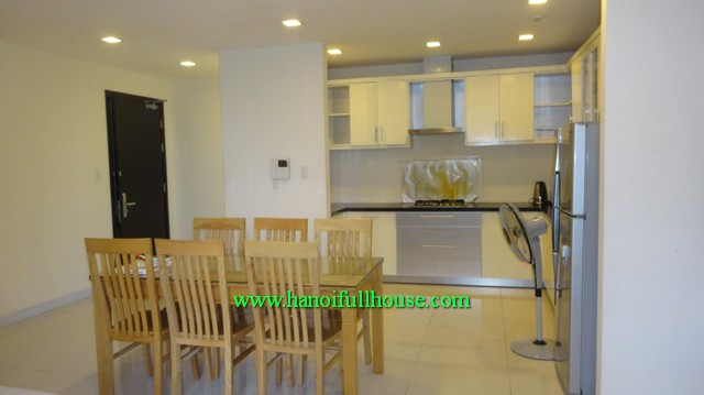 Cheap swimming pool 3 bedroom apartment in Richland Southern in Xuan Thuy street for lease
