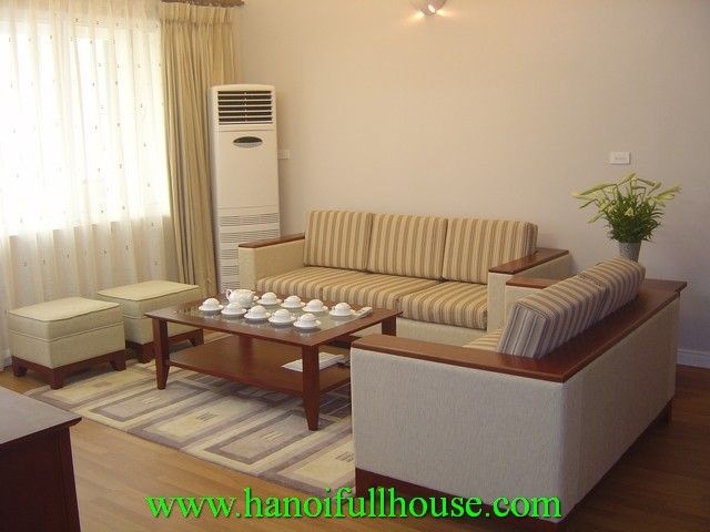 3 bedroom fully furnished apartment for rent in Lang Ha street, Dong Da dist, Ha Noi