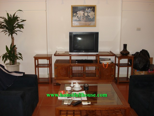 Luxury serviced apartment, fully furnished, Truc Bach lake view for rent