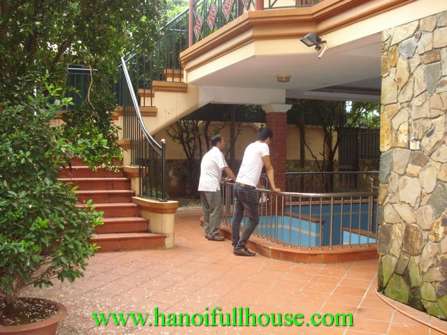 Courtyard, swimming pool villa for rent in Tay Ho dist, Hanoi, Vietnam