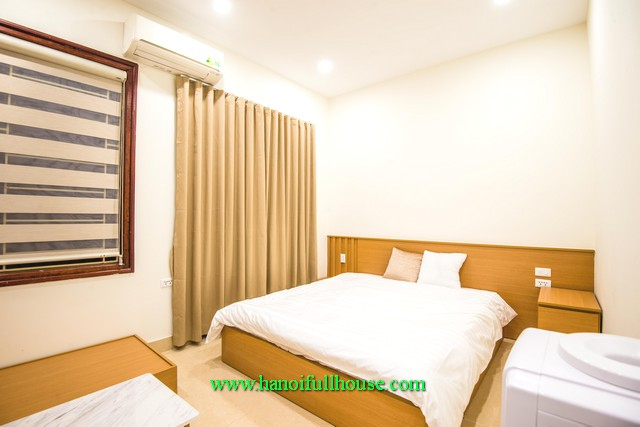 Good opportunity to rent the apartment with price 400$ in Ba Dinh dist, Full services