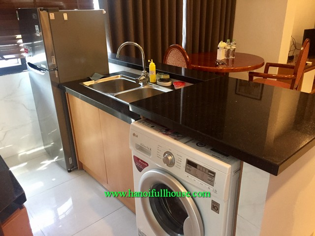 1-bedroom serviced apartment nearby Hoan Kiem lake & Opera House for rent