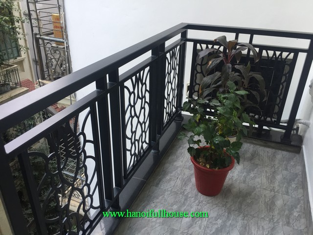 Beauiful flat in Hoan Kiem district for rent. Brand new furniture, elevator, quiet and full service