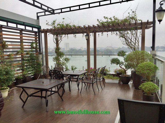 Brand new apartment 1-bedroom, newly furnished, balcony, lake view and elevator