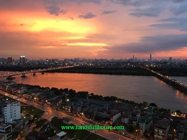 Luxury three bedroom fully furnished apartment at Mipec Riverside in Long Bien district, close to French-Vietnamese school