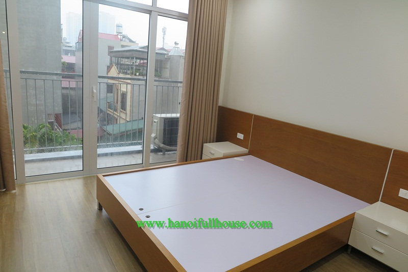Brand-new apartment, balcony, 50m2 in Trung Liet, Dong Da for rent