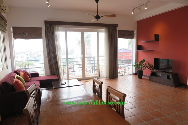 Spacious one-bedroom apartment in Hoan Kiem for rent