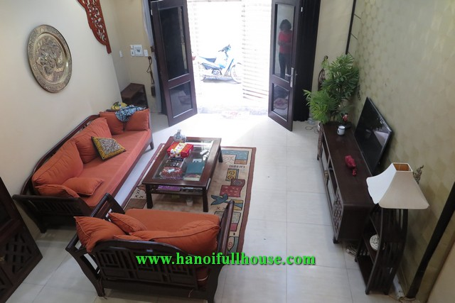 House for rent on Lac Long Quan street, great decor and nice furniture.