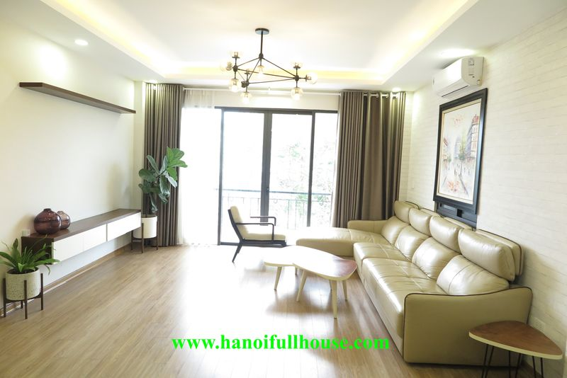 Big and brand new 02 bedrooms apartment in Nhat Chieu street opposite the west lake for lease
