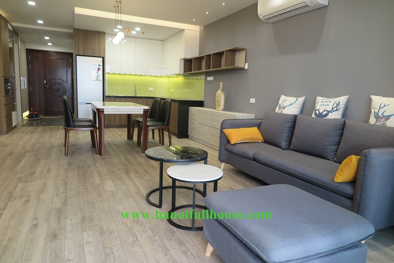 Luxury condo D'. Le roi Soilel in 59 Xuan Dieu street - 02 bedrooms, imported furniture, high floor.