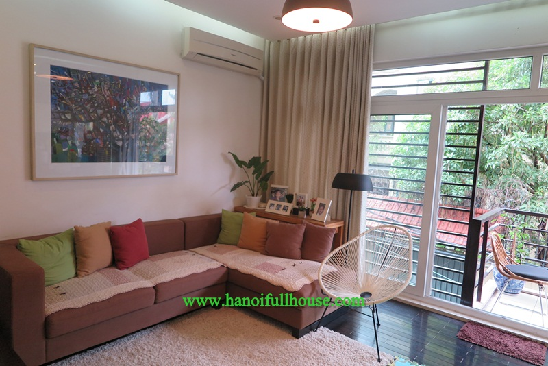 A nice house with full good furniture, four bedrooms for rent in Long Bien