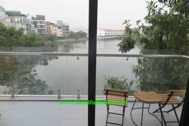 Super nice apartment with lake view and balcony in Tay Ho for rent immediately
