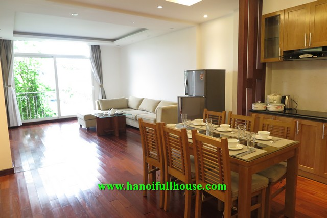 Beautiful serviced apartment for rent on Xuan Dieu street, 3 bedrooms, 3 bathrooms, very cheap price.