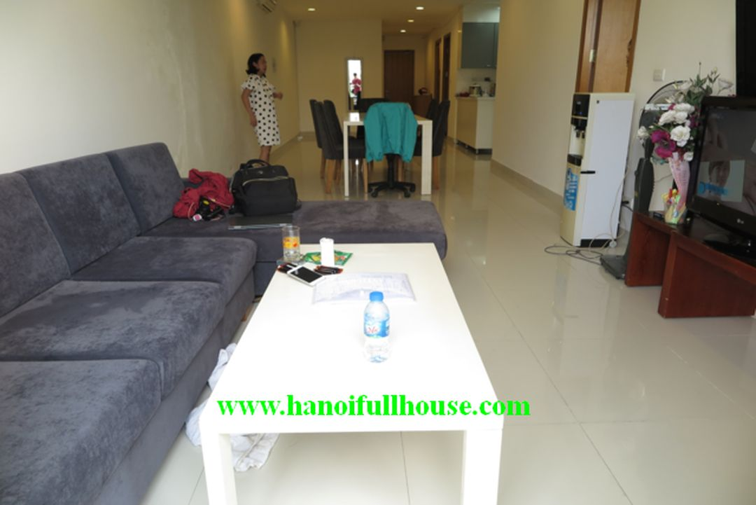 A big 2 bedrooms apartment in Xuan Dieu street for rent, the area is up to 110 sq m.