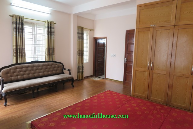 Three bedroom house in Ngoc Thuy for lease. Furnished house with car access