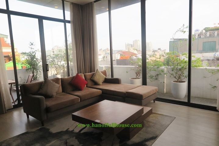 Great 2 bedroom apartment on the top floor, near Hoan Kiem lake for rent.