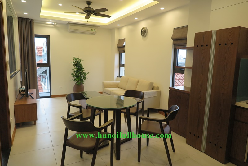 Good service apartment in Hanoi, 02 bedrooms, a lots of light for rent
