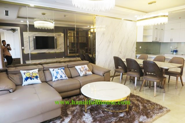 Beautiful 3 bedroom apartment with Royal style for rent in D'.Le Roi Soleil - 59 Xuan Dieu