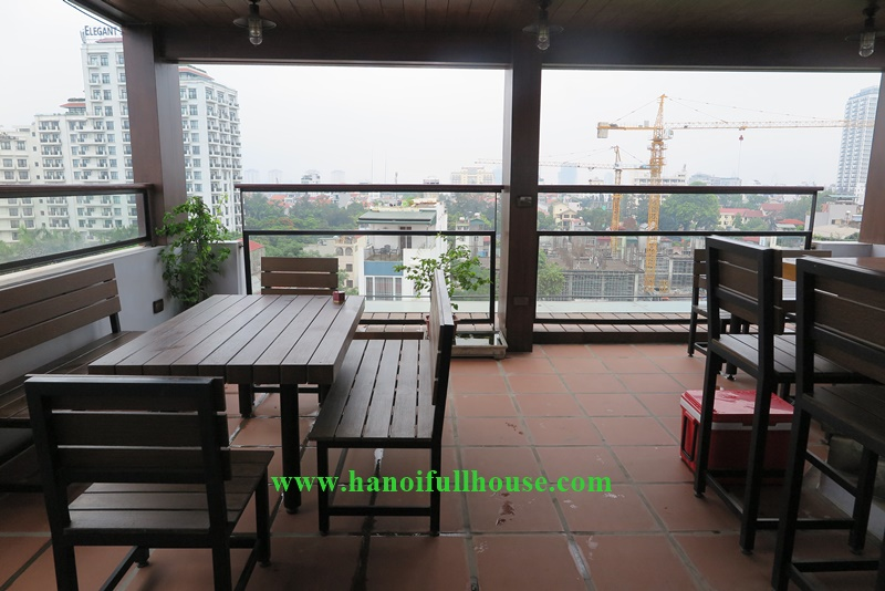 Large 01 bedroom service apartment, coffee area on top floor in Dang Thai Mai street, Tay Ho district